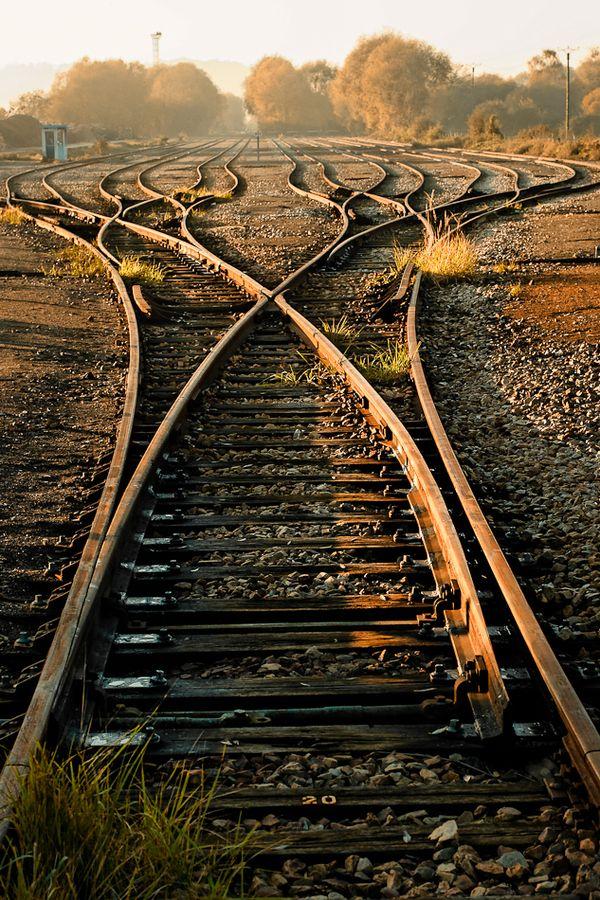 São tantos os caminhos possíveis! Imagem: Michel Guyot em Fivehundredpx
