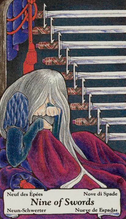 Os medos do 9 de Espadas são sempre baseados em ilusões.