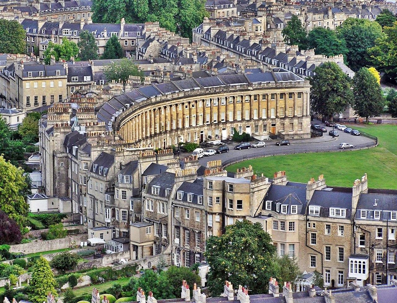 Cidade de Bath, famosa por suas águas termais.